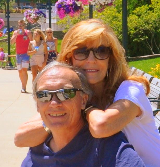 Travel to Charlevoix, MI Linda & Chuck GoRoamin
