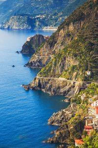 Italia Cinque Terre Hike pathway. GoRoamin Blog