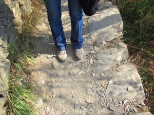 Hiking Cinque Terre, Italy. Linda''s hiking shoes. GoRoamin Travel blog