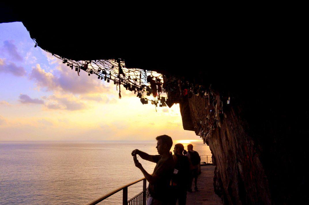 """Via Dell 'Amore, Love's Trail"""" Cinque Terre, Italy. GoRoamin Travel Blog"""
