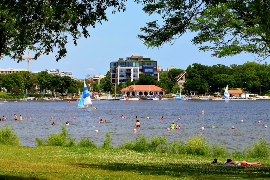 Lake Calhoun, Minneapolis, MN. GoRoamin Travel Blog