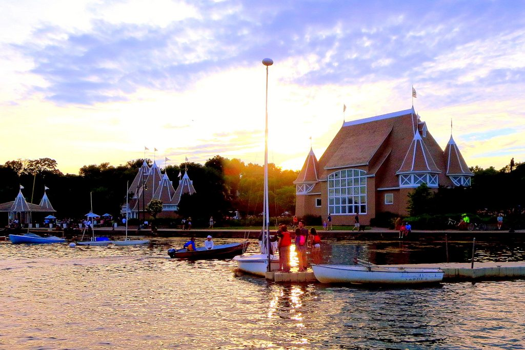 Lake Harriet Bandshell, Minneapolis, MN. GoRoamin Travel Blog
