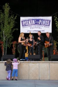 Pickin in th Pines Flagstaff, AZ, GoRoamin Travel Blog